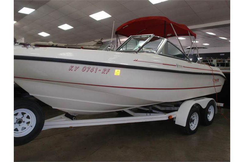 Skippers Marine offers boat storage inside